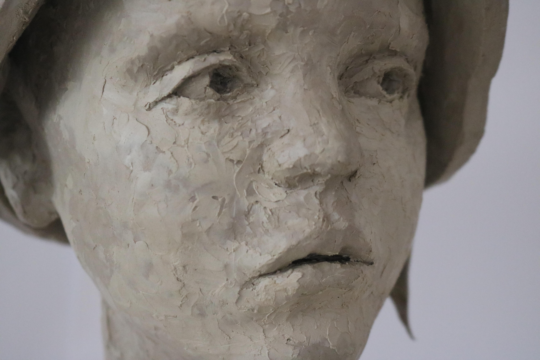 Figurative sculpture / Portrait / Shani Shemesh